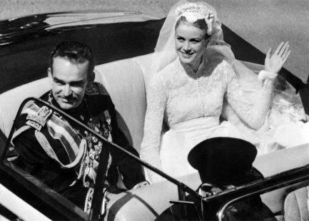 Η Γκρέις Κέλι παντρεύεται τον πρίγκιπα Ρενιέ
