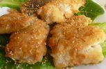 Μπακαλιάρος τηγανισμένος με σουσάμι