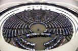 Η Ευρωβουλή συζητά για το Brexit ενόψει Ευρωπαϊκού Συμβουλίου