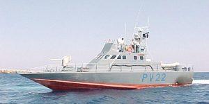 Τρεις Σύρους από ακυβέρνητο σκάφος διέσωσε στη θάλασσα ανατολικά Παραλιμνίου η Λιμενική