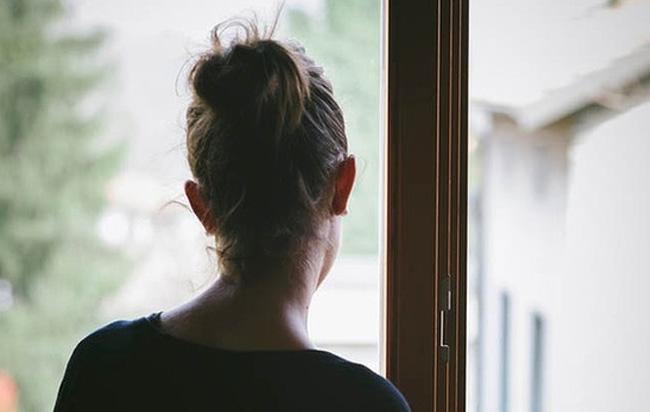 Διπλάσιος ο κίνδυνος κατάθλιψης των κοριτσιών σε σχέση με τα αγόρια από τη χρήση των social media