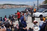 Απεργία πείνας για 3η ημέρα συνεχίζουν 12 πρόσφυγες στη Λέσβο