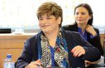 «Αδειάζουν» την Χρυστάλλα 4 πρώην υπουργοί