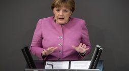 Ανοδο των Χριστιανοδημοκρατών στις δημοσκοπήσεις έφερε η διάδοχος της Μέρκελ