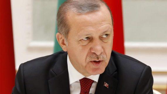 Στίχους εναντίον των Ελλήνων για τη Σμύρνη απήγγειλε ο Ερντογάν