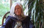 Άγνωστοι πυροβόλησαν και τραυμάτισαν τη συγγραφέα Κούκι Γκάλμαν