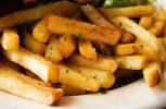 Θα τηγανίσουν 550 κιλά πατάτες για να σπάσουν το ρεκόρ Γκίνες!