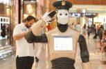 Ένα ρομπότ αστυνομικός κάνει περιπολίες στο Ντουμπάι