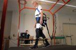 Ρομποτικός εξωσκελετός βοηθά στην πρόληψη πτώσεων στους ηλικιωμένους