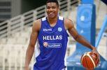 Τσολιάδες στο NBA για χάρη του Αντετοκούμπο