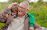 Πιο έξυπνα τα παιδιά από μπαμπάδες μεγάλης ηλικίας