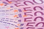 Ποινικό αδίκημα η είσπραξη μετρητών ανω των €10.000