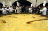 Βέλγιο: Φεστιβάλ ομελέτας παρά το σκάνδαλο με τα μολυσμένα αυγά