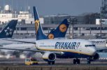 Αυξήσεις στους πιλότους της δίνει η Ryanair μετά το μπάχαλο με τις πτήσεις