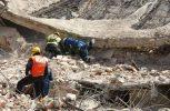Σωστικά συνεργεία συνεχίζουν τις έρευνες στο Μεξικό