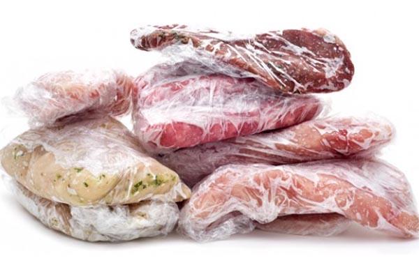 Πόσο αντέχει το κρέας στο ψυγείο και στην κατάψυξη;