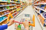 Η Amazon ανοίγει το πρώτο σούπερ μάρκετ χωρίς ταμείο, με χρέωση μέσω κινητού