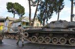 Άρματα μάχης στους δρόμους της Λευκωσίας