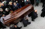 Μπέρδεψαν τα φέρετρα σε κηδεία στη Βοιωτία