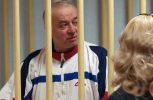 Αποχωρούν από τη Βρετανία οι απελαθέντες Ρώσοι διπλωμάτες