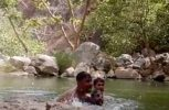 Ινδοί καταγράφουν κατά λάθος τον πνιγμό τους! (video)