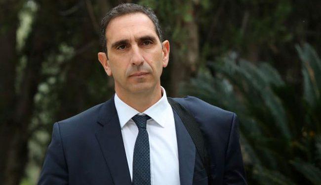Βουλή: Θύμωσαν οι βουλευτές για τη μη παρουσία του υπουργού Υγείας