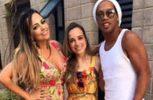 Ο Ροναλντίνιο παντρεύεται δύο νεαρές Βραζιλιάνες!