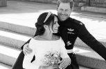 Δείτε τις πρώτες επίσημες φωτογραφίες του βασιλικού γάμου