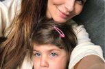 Ήπιε κρασί εν πτήσει και συνελήφθη με την κόρη της στο Ντουμπαι