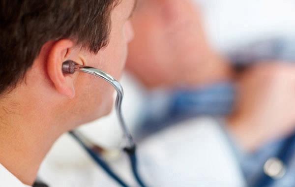 Κατά της προσέλκυσης γιατρών από γειτονικά κράτη-μέλη της ΕΕ ο Γερμανός Υπ.Υγείας