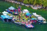 Ζευγάρι έφτιαξε ολόκληρο νησί για να ζήσει