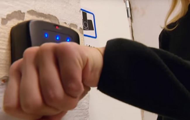 Σουηδία: Εμφυτεύματα κάτω από το δέρμα αντί πιστωτικών καρτών (video)