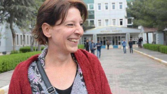 Για διασυνδέσεις με τρομοκρατική οργάνωση απελάθηκε η Ολλανδή δημοσιογράφος, λέει η τουρκική προεδρία