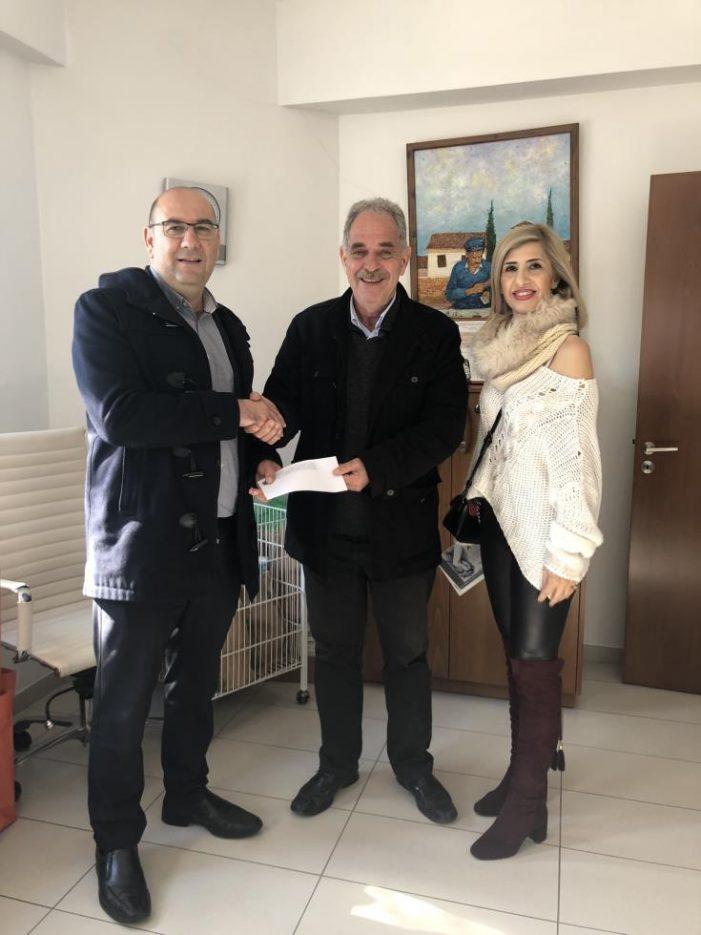 Χορηγία σε ειδικά σχολεία της Λάρνακας έδωσε ο Δήμαρχος